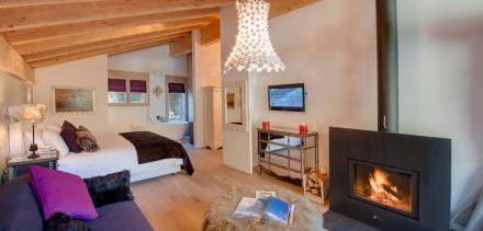 Chalet White Pearl - Sleeps 10 + 2